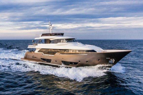 Boat for rent Ferretti Yachts Custom Line 91.0 feet in Antibes, France