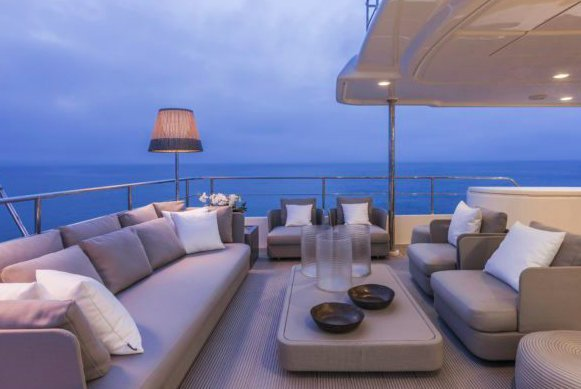 Discover Antibes surroundings on this Navetta 28 Ferretti Yachts Custom Line boat