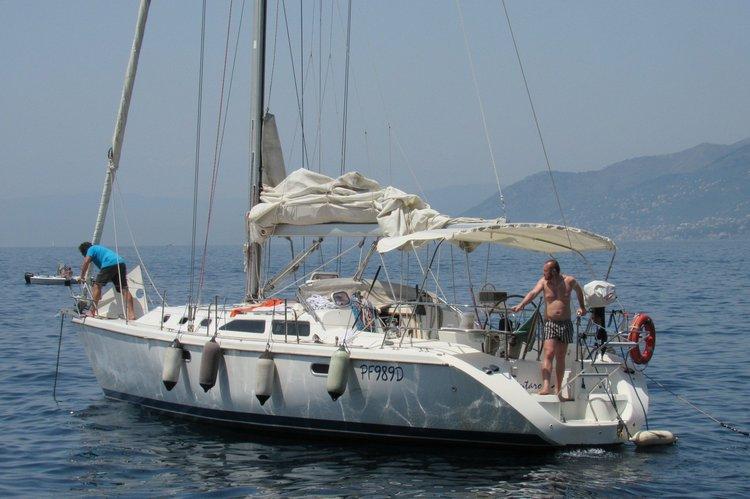 Bareboat on 42 feet sailing boat in Genoa (Italy)