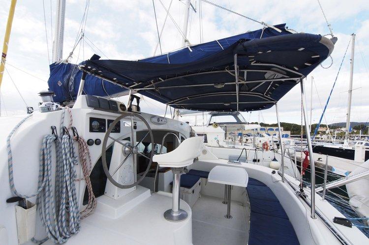 Lagoon boat for rent in Palma de Mallorca