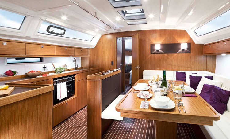This 46.0' Bavaria Yachtbau cand take up to 9 passengers around Ionian Islands