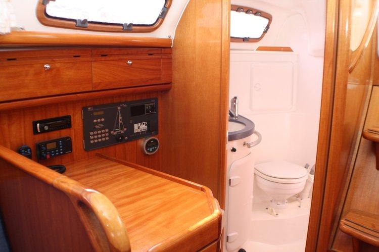 Discover Split region surroundings on this Bavaria 30 Cruiser Bavaria Yachtbau boat