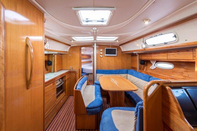 Boat for rent Bavaria Yachtbau 39.0 feet in Athens - Marina Alimos (Kalamaki), Greece