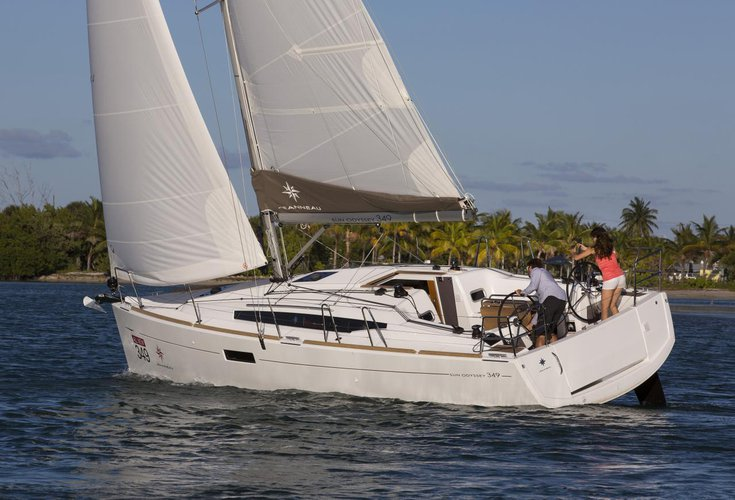 Discover Saronic Gulf surroundings on this Sun Odyssey 349 Jeanneau boat