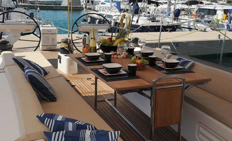This 65.0' X-Yachts cand take up to 6 passengers around Split region