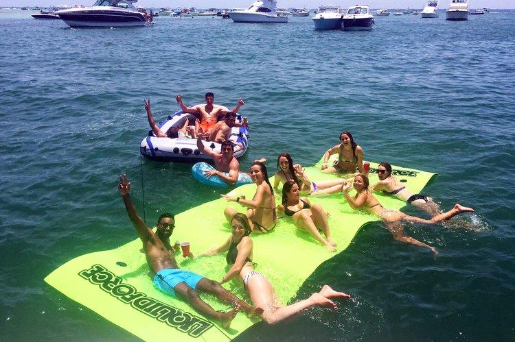 Sea Ray's 45.0 feet in Miami