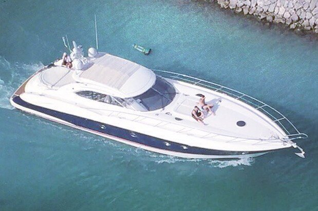 LUXURY YACHT SUNSEEKER PREDATOR 60 FT FOR RENT IN CANCUN MEXICO