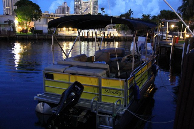 Bentley's 22.0 feet in North Miami Beach