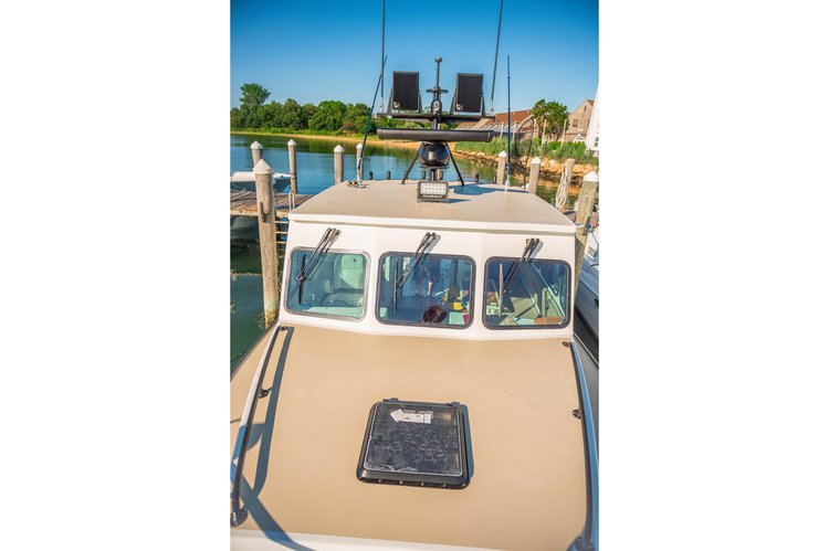 Offshore sport fishing boat rental in My Mate Charters Montauk Yacht Club, NY