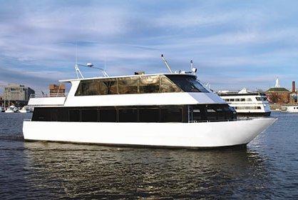 Explore Washington on an elegant motor yacht