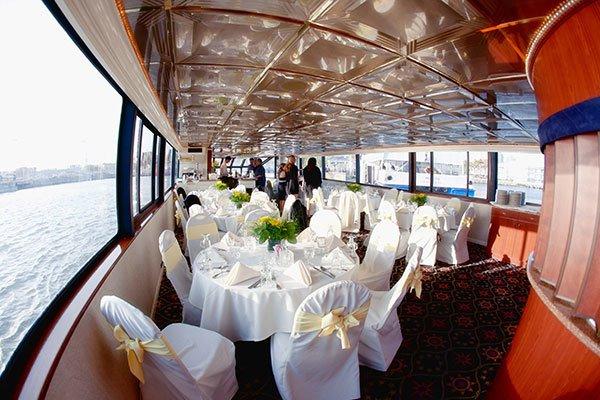 Mega yacht boat for rent in Alameda