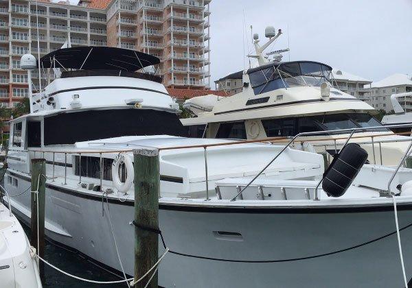 Motor yacht boat rental in Old Pioneer Dock, Bahamas