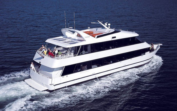Have an unparalleled experience in Mooresville aboard this lavish motor yacht