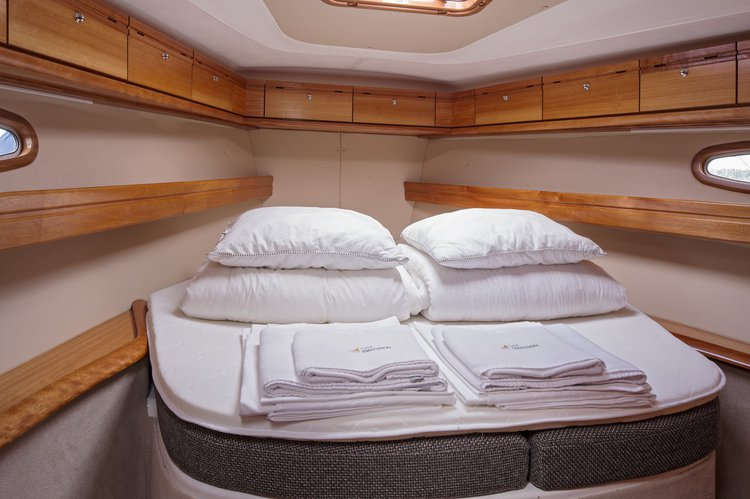 Bavaria Yachtbau boat for rent in Stockholm County