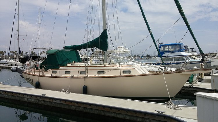 Explore the picturesque sights in California on this elegant sloop