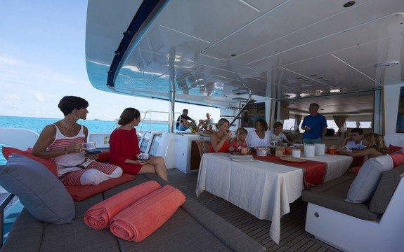 Catamaran boat for rent in Annapolis