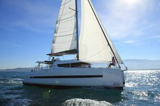Rent a luxurious and spacious catamaran perfect for cruising Guadeloupe