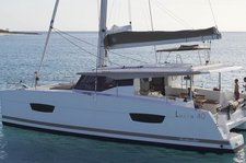 Explore St Vincent and the Grenadines on Lucia 40