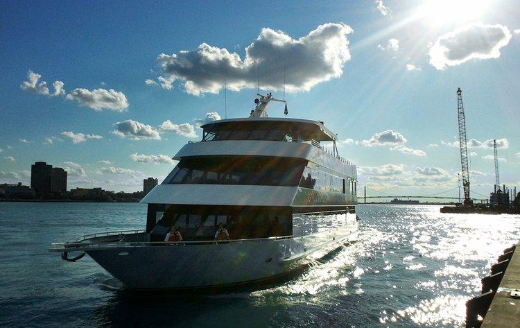Cruise Michigan onboard luxurious tri-level motor yacht