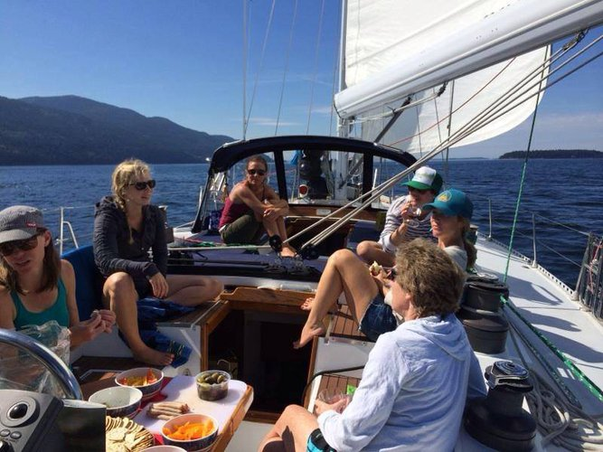 Sloop boat for rent in Seattle