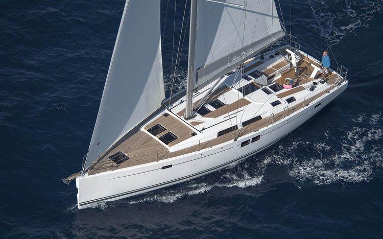 Escape from boisterous crowd in Spain onboard Hanse 505