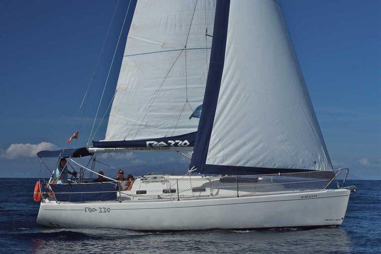 Have fun in Tenerife onboard 33' Ronautica