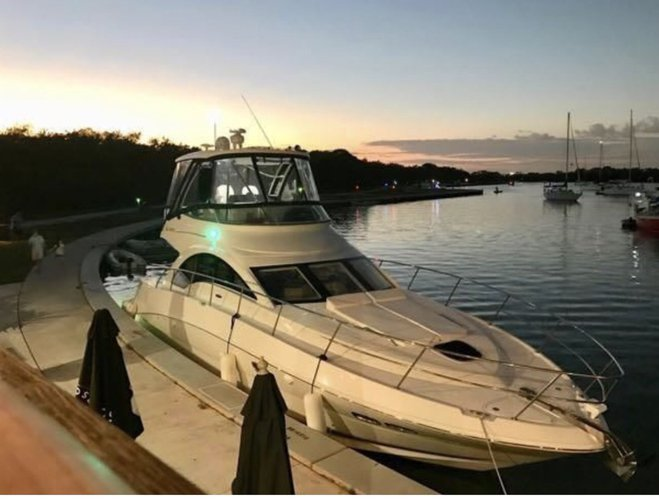 SeaRay's 47.0 feet in Miami