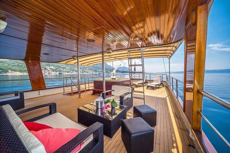 Boat for rent Custom 101.7 feet in Trogir, Croatia