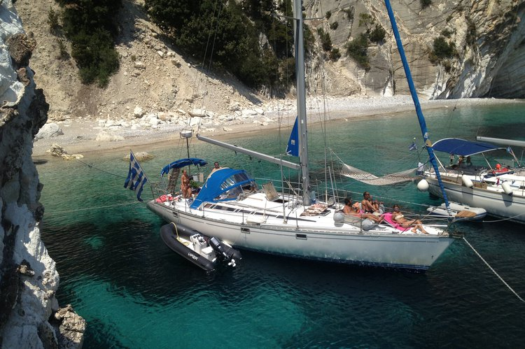 Total refit 2018, big dinghy (4.5m/50hp), many water activities
