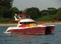 Charter a splendid 43' power catamaran in Sentosa Cove, Singapore