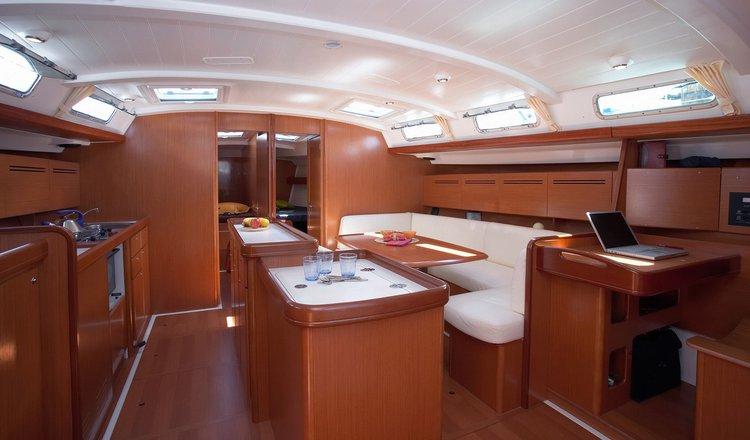 Boat for rent Benetau 51.34 feet in Gzira, Malta