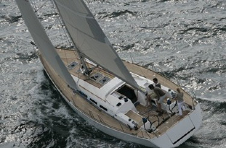 Lets sail around the secret Maltese Island and have fun aboard Dufour 45