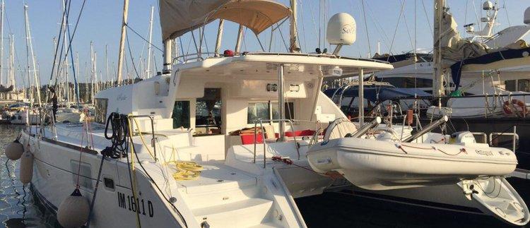 Boat for rent Lagoon 44.0 feet in Portomaso Marina, Malta