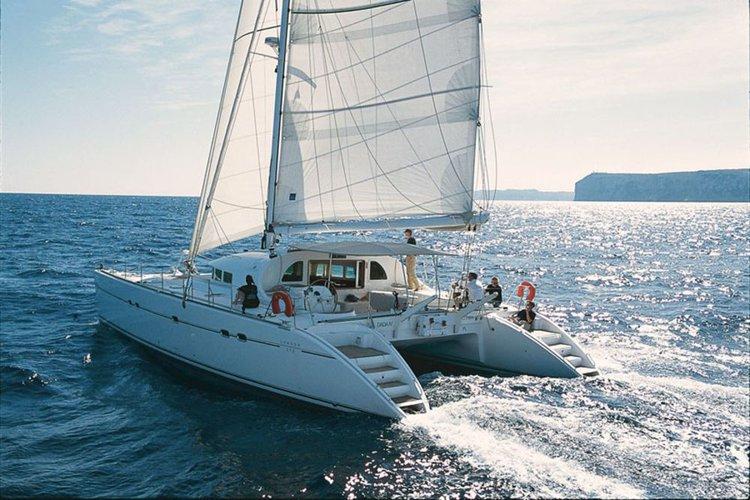 Enjoy sunshine in Malta aboard Lagoon 570