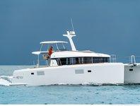 Luxurious Lagoon 40 Power Catamaran available for charter in Bahamas