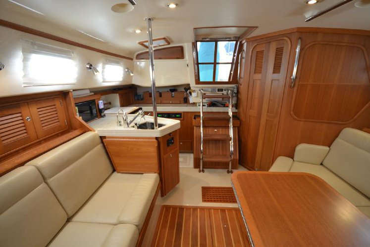 38.0 feet Island Packet Yachts in great shape