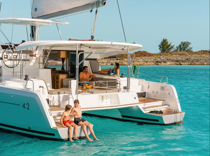Discover Phuket surroundings on this 42 Lagoon boat