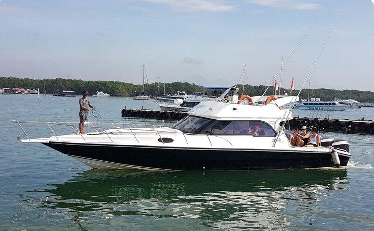 Custom's 32.0 feet in Nusa Dua