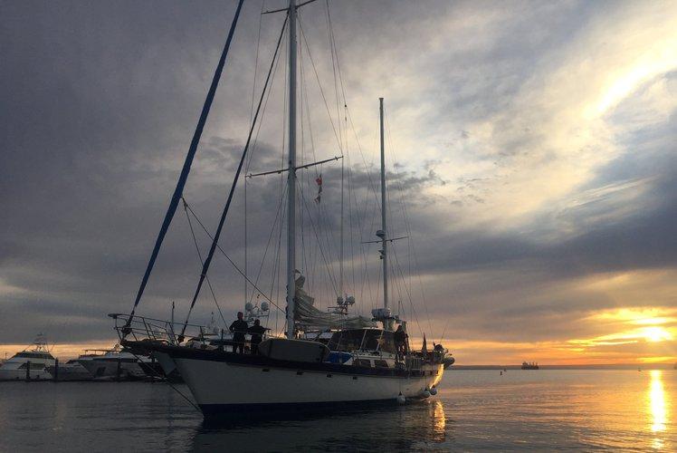 Boat for rent Irwin 72.0 feet in Marina La Paz, Mexico