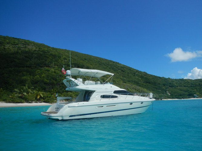 Beautiful Cranchi Atlantique for day charter, ideal for fun in the sun