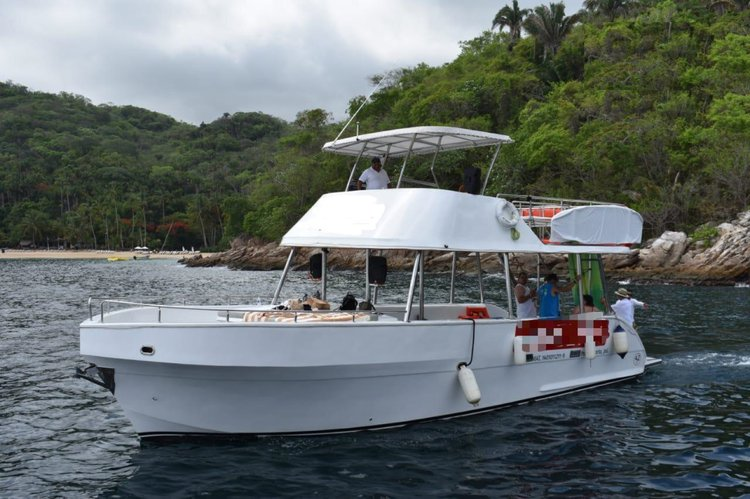 Boating is fun with a Motor yacht in Nayarit