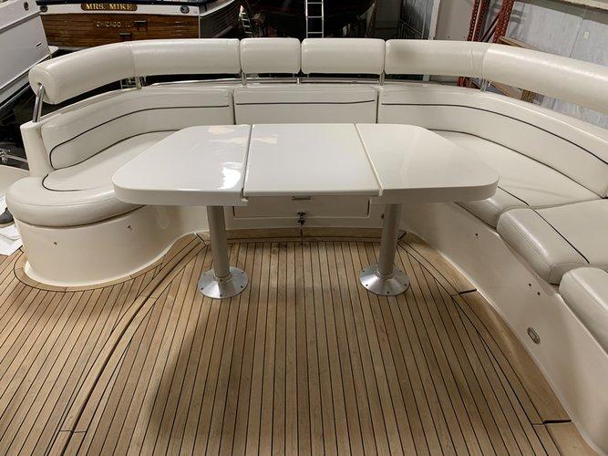 Custom's 60.0 feet in Jersey City