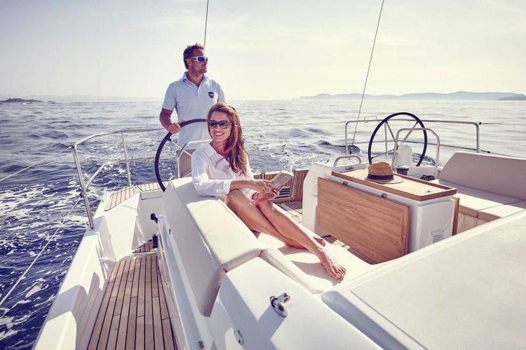 Discover Fajardo surroundings on this Sun Odyssey 440 Jeanneau boat