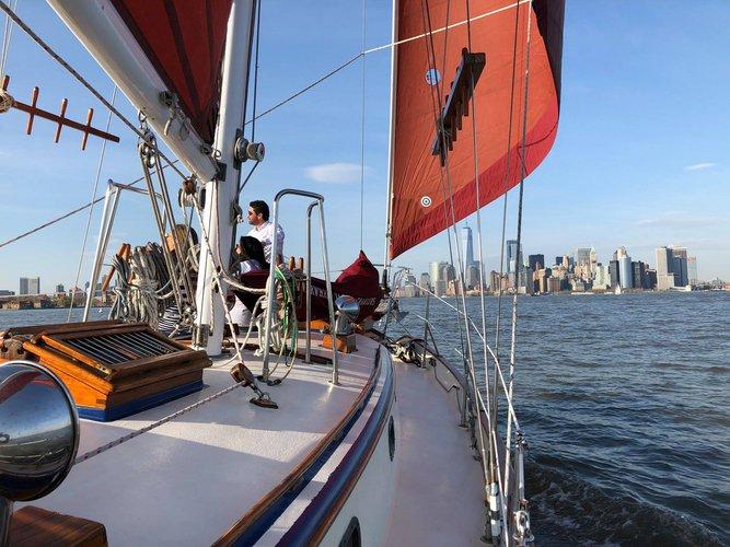 Boat rental in New York, NY