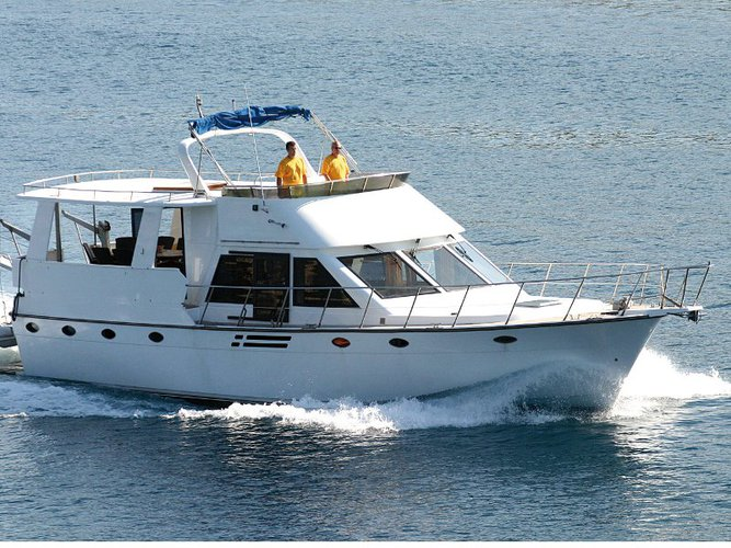 Discover Primošten in style boating on this motor boat rental