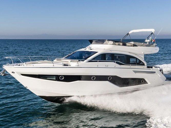 Take this Cranchi Yachts Cranchi E 52 F Evoluzione for a spin!