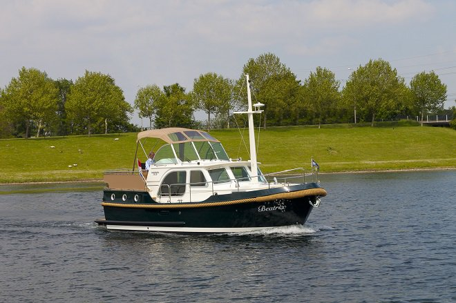 Unique experience on this beautiful Linssen Linssen Classic Sturdy 32 AC