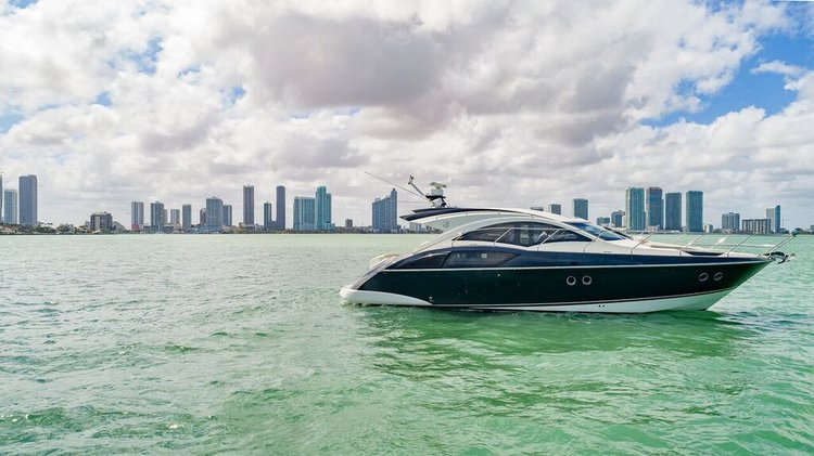 Marquis's 43.0 feet in Miami