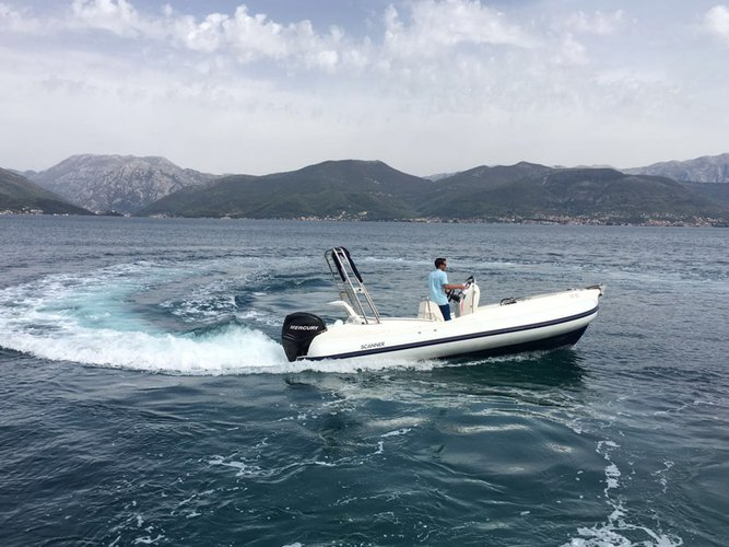Rigid inflatable boat for rent in Tivat