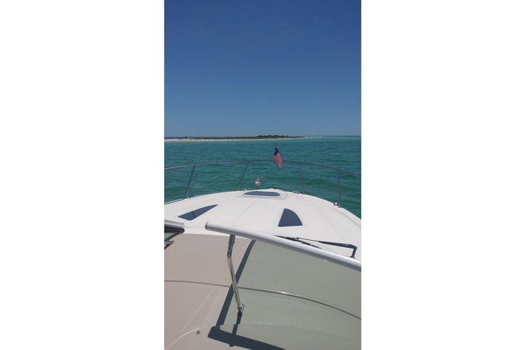 31.0 feet Sea Ray in great shape